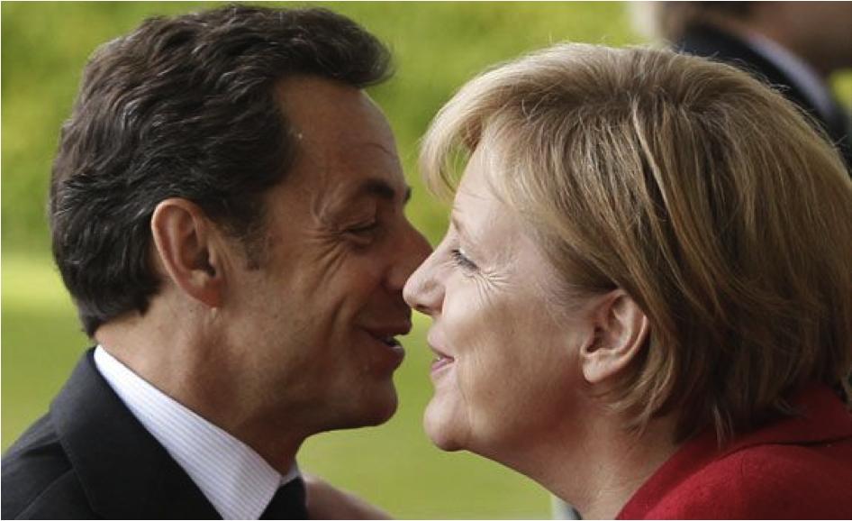 Sarkozy et Merkel se font la bise