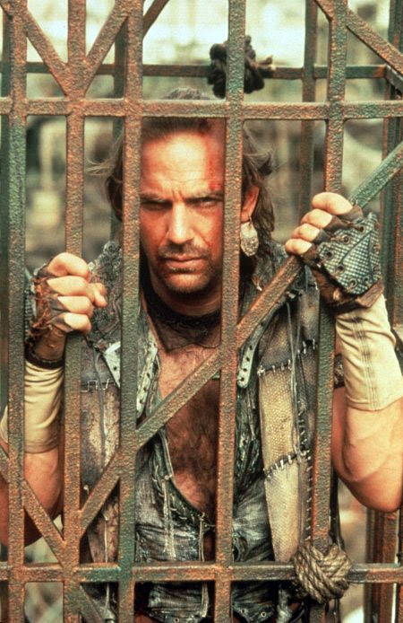 Photo de Kevin Costner dans Waterworld sorti en 1995