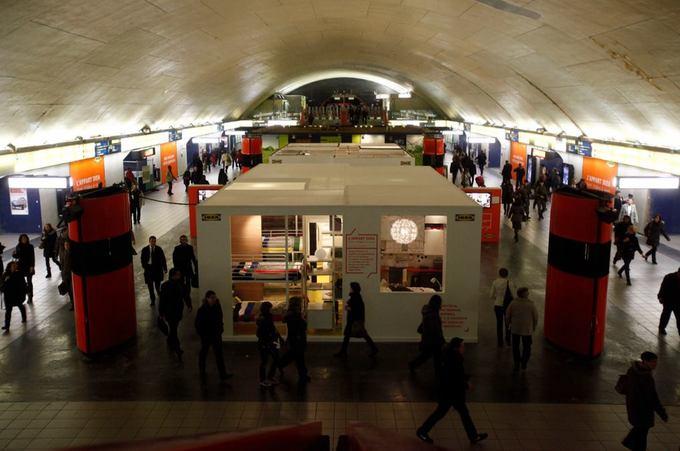 Opération Ikea Metro Auber Janvier 2012