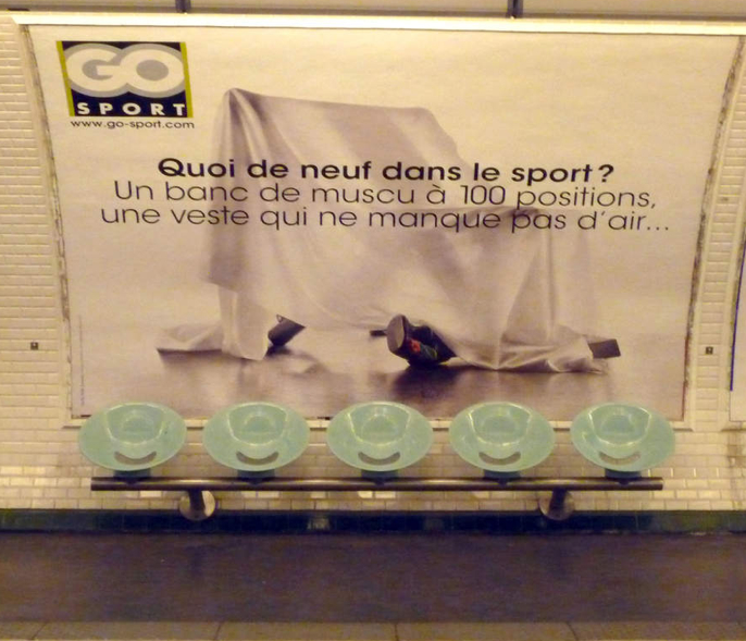 Affiche de la campagne Go Sport affichée en mars 2012 dans le métro Parisien
