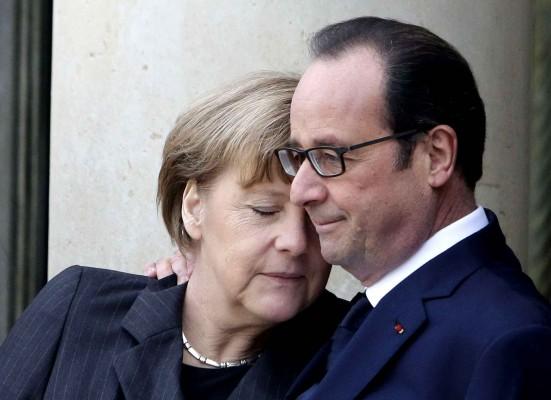 angela Merkel & F Hollande FNC Je suis charlie